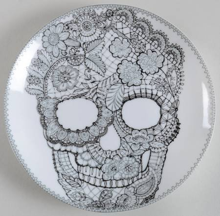 222 Fifth Halloween Skull Lace Round Appetizer Plates
