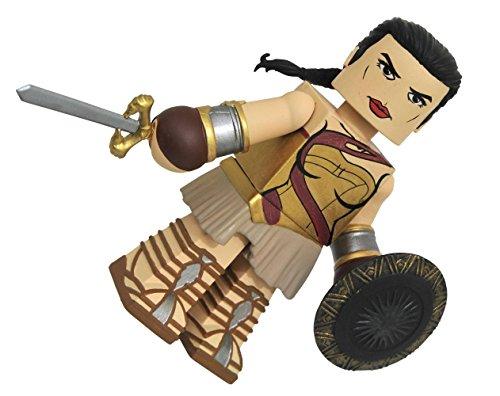 - Diamond Select Toys Wonder Woman Movie: Training Gear Wonder Woman Vinimate