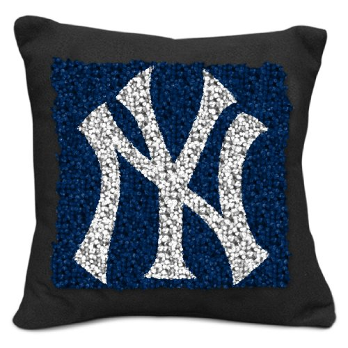 Sports Latch Hook (MLB New York Yankees Pillow Latch Hook Kit, 9-Inch)