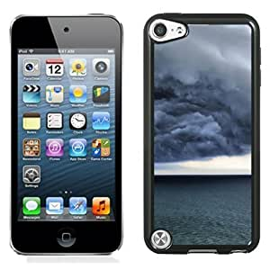 New Beautiful Custom Designed Cover Case For iPod 5 With Storm Clouds Phone Case
