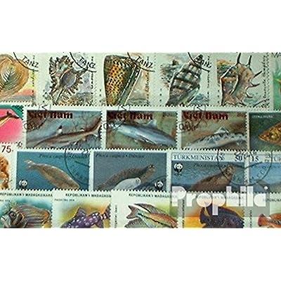Motives 200 différents Poisson et les animaux aquatiques marches (Timbres pour les collectionneurs)