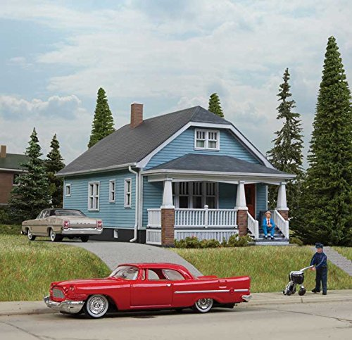 Walthers Cornerstone HO Scale Model Kit - American Bungalow