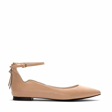 bf22a3363ff Cole Haan Women s Millicent Skimmer Nude Leather 7 B US B ...