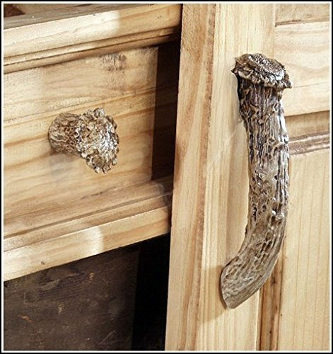 Hughes Collection HP-66561 Antler Cabinet Pull