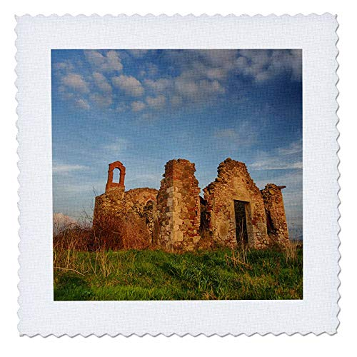 3dRose Danita Delimont - Tuscany - Italy, Val Di Orcia Tuscany, Old Church ruins with evening light - 12x12 inch quilt square (qs_313763_4)