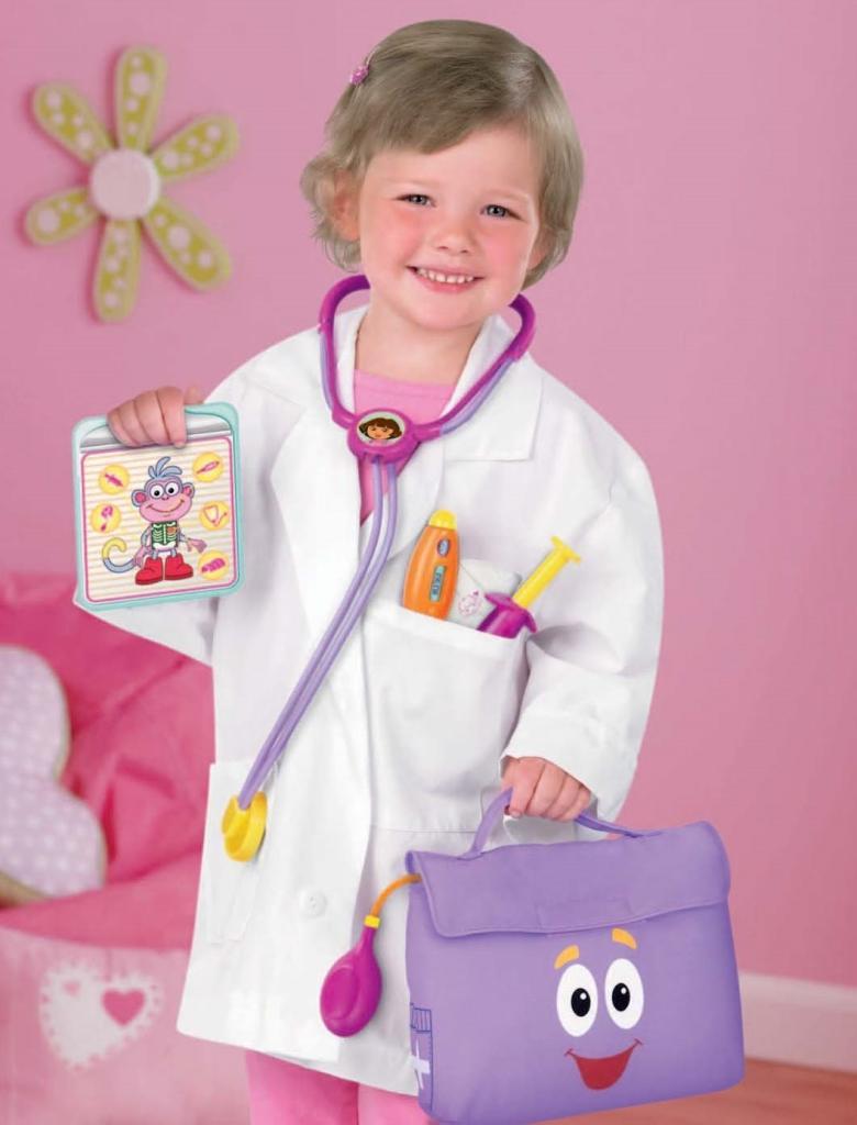 Amazon.com: Fisher-Price Dora The Explorer: Dora Doctor