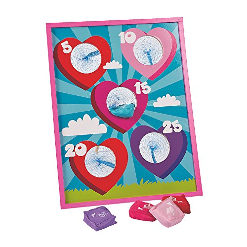Fun Express - Valentine Bean Bag Toss Game for Valentine's Day - Toys - Games - Bean Bag Toss - Valentine's Day - 5 Pieces