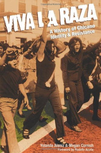 Price comparison product image Viva La Raza: A History of Chicano Identity and Resistance