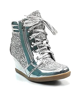 Forever Link Women's Glitter Fashion Sneakers (8, Silver Peggy-44)