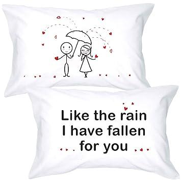 Amazon.com: BoldLoft When in Love - Fundas de almohada para ...