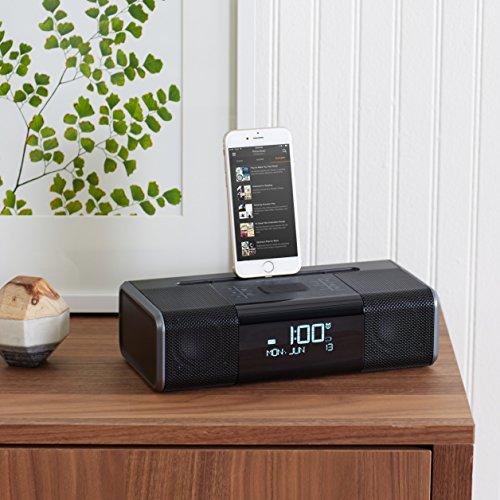 AmazonBasics Lightning Dock Clock Radio