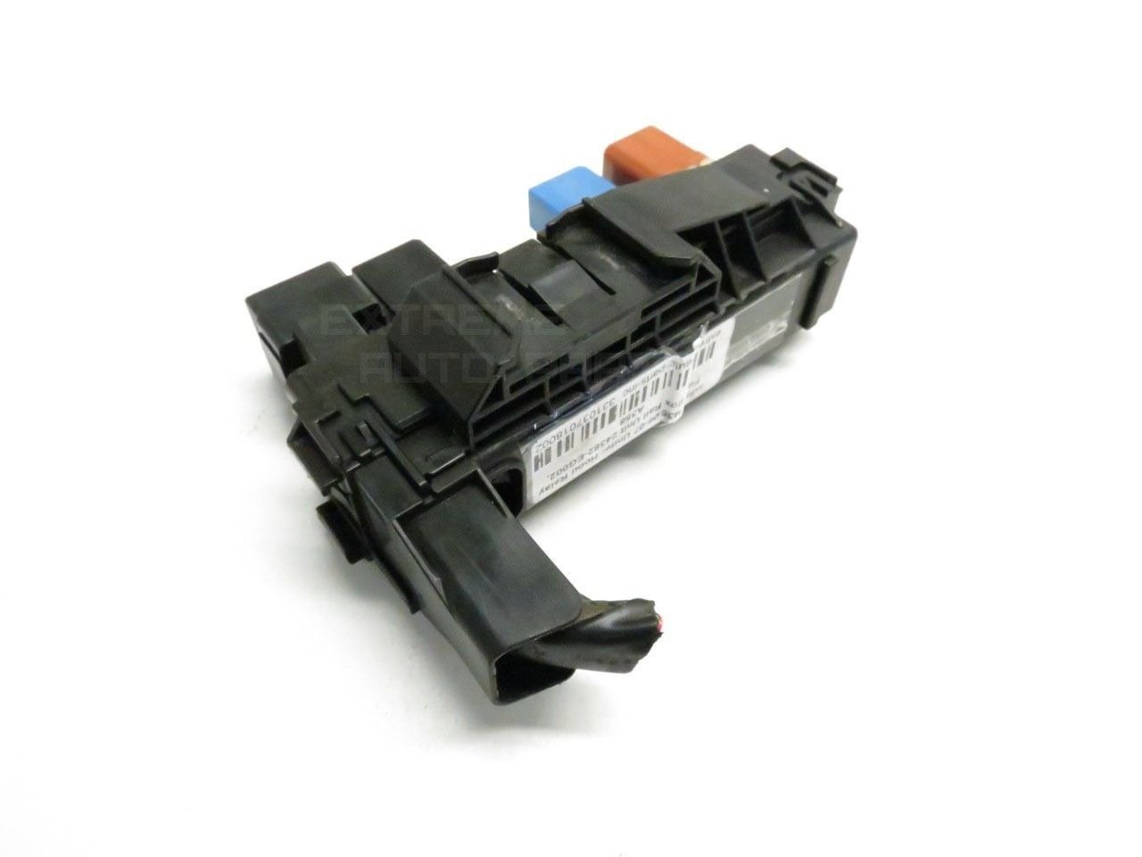 Amazon.com: Infiniti M35 06-07 Under Hood Relay Fuse Box Rail Unit  24382-EG002: Automotive