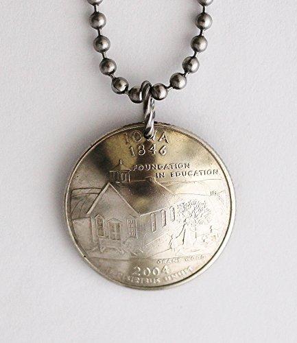 Iowa Necklace Domed Coin U.S State Commemorative Quarter Schoolhouse Pendant 2004