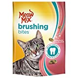Meow Mix Brushing Bites Cat Dental Treats Made with Real Salmon, 2.25 oz/One Size