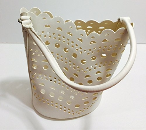 neiman-marcus-cosmetic-tote-bag-ivory-gwp