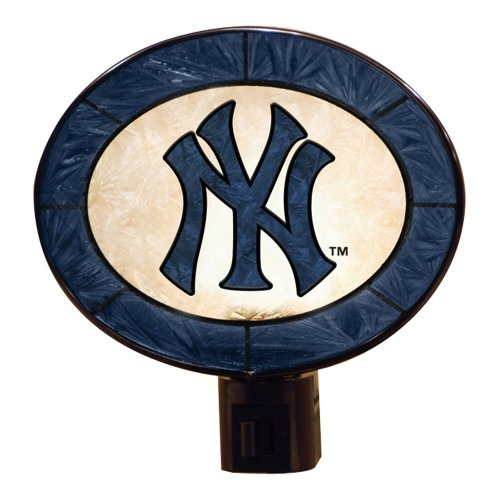 - MLB New York Yankees Art-Glass Nightlight