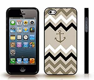 iStar Cases? iPhone 4 Case with Chevron Pattern White/ Green/ Mint Anchor Black , Snap-on Cover, Hard Carrying Case (Black)