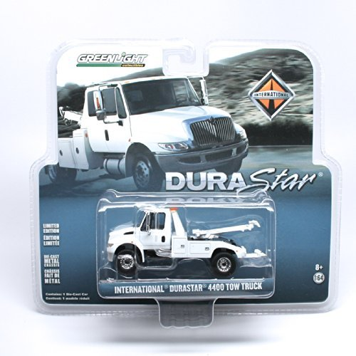 International DuraStar 4400 Tow Truck (White) * Limited Edition Hobby Exclusive * 2013 Greenlight Collectibles 1:64 Scale Die-Cast (Gmc Pickup Truck Hot Rod)