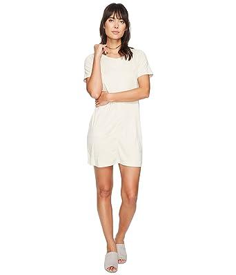 a05ff5b54086 Bishop   Young Women s Ivy Shift Dress Stone Dress at Amazon Women s ...