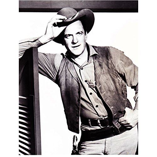 Gunsmoke (TV Series 1955 - 1975) 8 inch x10 inch Photo James Arness Tipping Hat kn