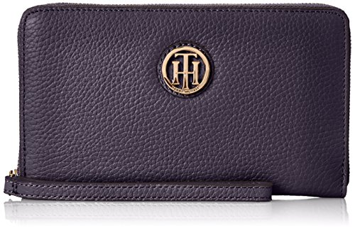 Tommy Hilfiger Lucky Charm Pebble Wristlet, Navy, One Size