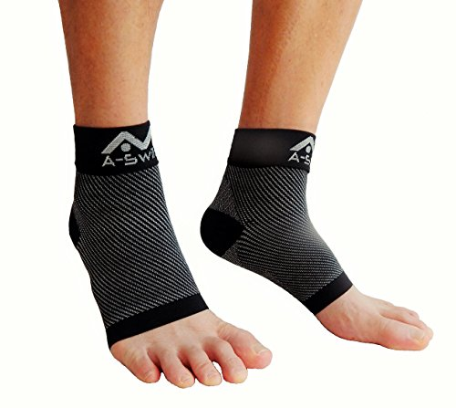 Plantar Fasciitis Socks (1 Pair) - Best Ankle Support Heel Arch Compression Sleeve Brace for Men & Women - Relief from Swelling & Foot Pain - Boosts Blood Circulation & Recovery