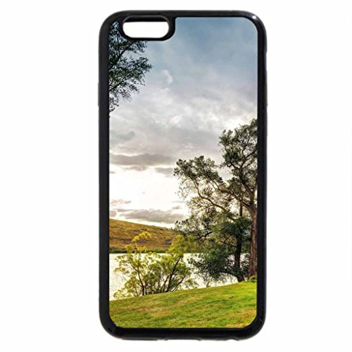 iPhone 6S / iPhone 6 Case (Black) House on the lake shore