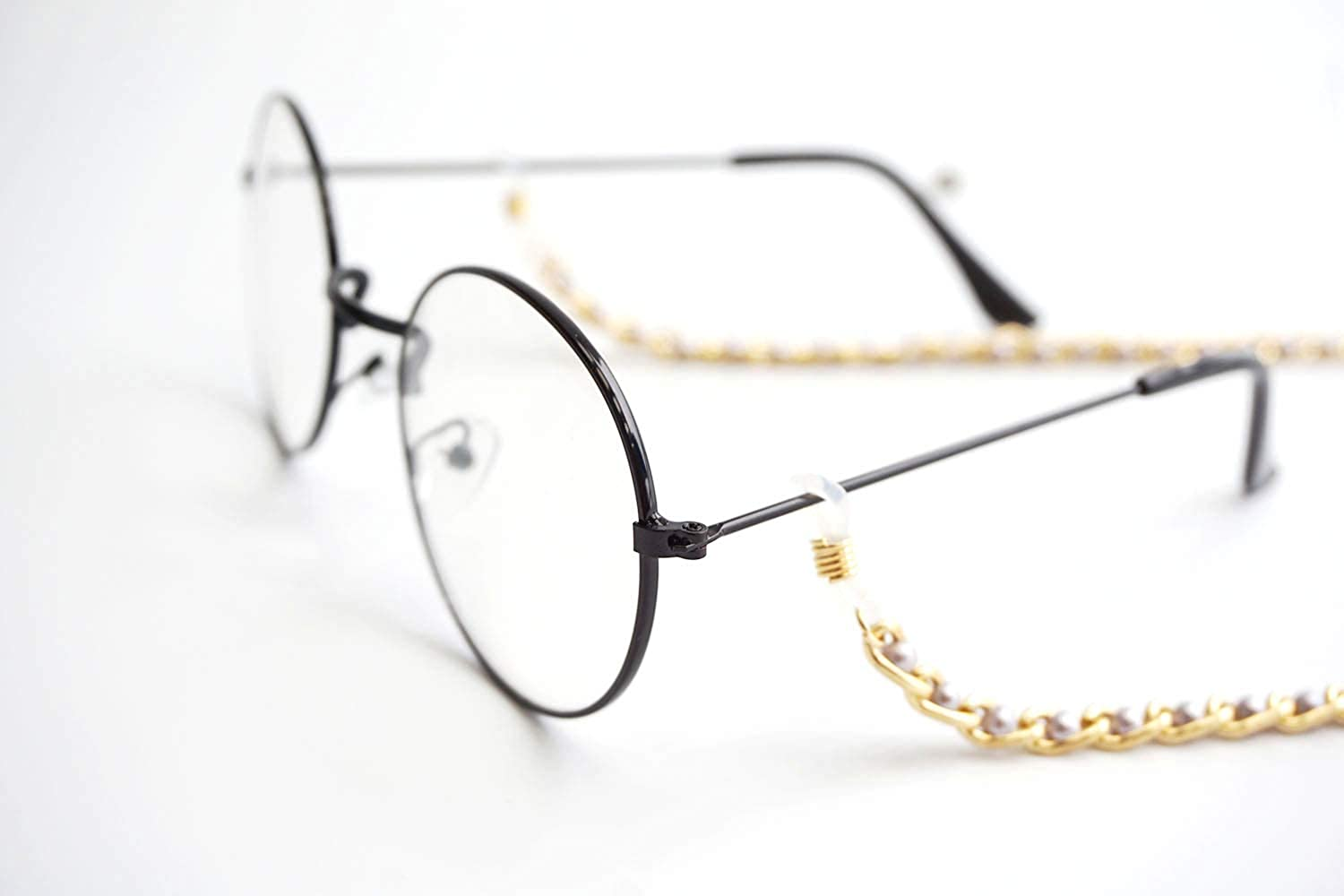 Gold Eyeglass Chain for Women Girls Reading Glasses Chain Sunglasses Chain Glasses Chain Chic and Function. Pearl Maillechain