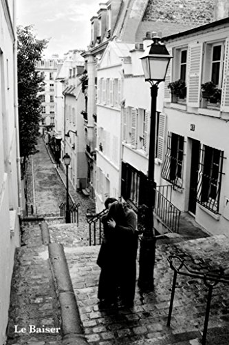 Pyramid America Le Baiser The Kiss Couple Embracing Love Romance Black and White Photo Poster 24x36 inch