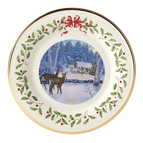 Lenox 2018 Holiday Plate (Outdoor Cabin Forrest) -