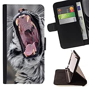 Momo Phone Case / Flip Funda de Cuero Case Cover - Rugido Big Cat naturaleza salvaje animales Colmillos - Motorola Moto E ( 2nd Generation )