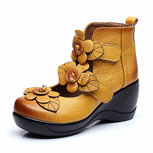 Image of CUNZHAI Women's Unique Handmade Leather Casual Travel Soft Bottom Boot