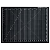 """Dahle 10672 Vantage Self-Healing Cutting Mat,  18"""" x 24"""",  Black, 5 layer PVC Construction, 1/2"""" Grid Lines, Self Healing for Maximum Durability, Perfect for Cropping Photos, Cutting, Sewing, and Crafts"""