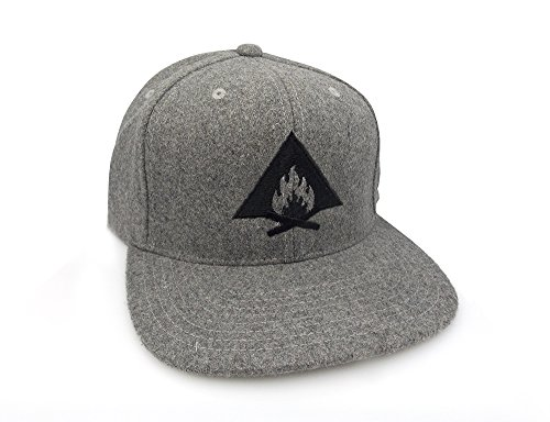 (Bonfire Illustration - Men's Hat - FlexFit Adjustable Back Melton Wool Hat)