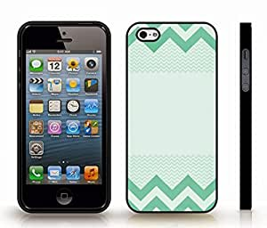 iStar Cases? iPhone 5/5S Case with Chevron Pattern Green/ Mint , Snap-on Cover, Hard Carrying Case (Black)