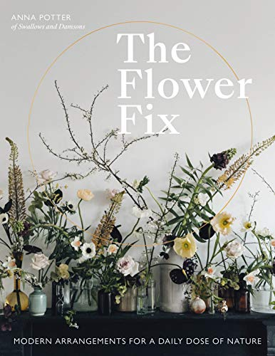 Arranging Daffodils - The Flower Fix: Modern arrangements for a daily dose of nature