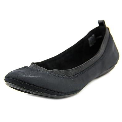 Bandolino Women's Edina Black Lycra/Patent PU/Sleek Elastic 5 ...