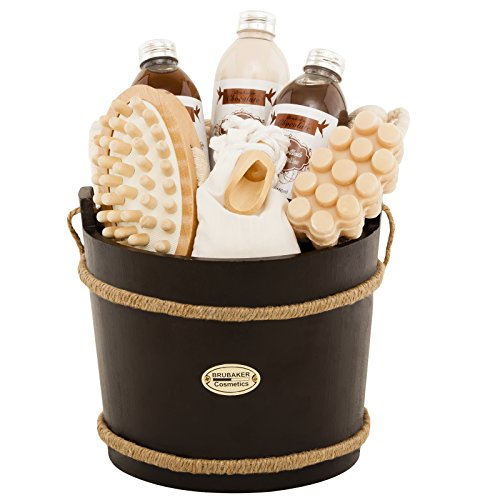 BRUBAKER 9 Pcs Wooden Spa Bath Gift Basket - Chocolate (Bucket Bath Set)