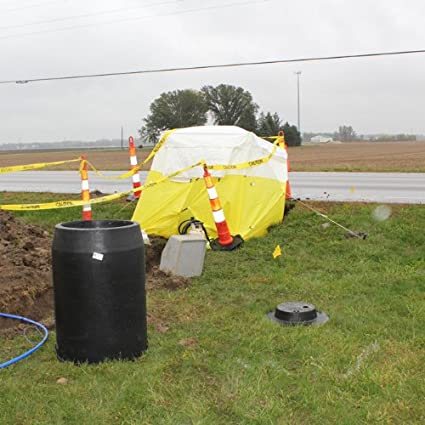 Amazon.com  Celina Tent Athens Utility Manhole Shelter  Sports u0026 Outdoors & Amazon.com : Celina Tent Athens Utility Manhole Shelter : Sports ...