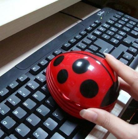 Ladybug Desk Vacuum (Red)