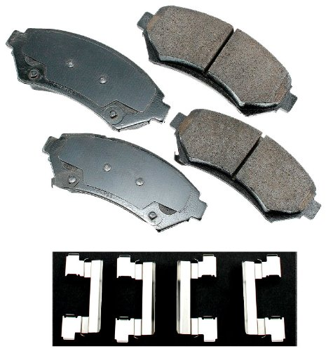 Akebono ACT699 ProACT Ultra-Premium Ceramic Brake Pad Set ()