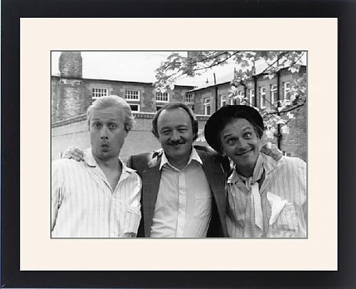 Framed Print of Ken Livingstone with Adrian Edmonson and Rik Mayall