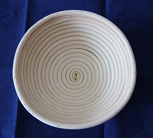 WellieSTR 1 Piece DIA 22CM/9'' ROUND RATTAN BROTFORM BANNETON BREAD PROOFING PROVING BASKET by WellieSTR