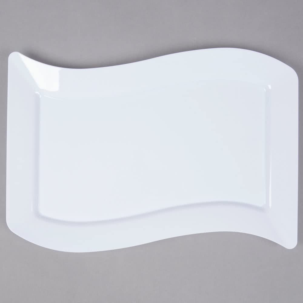 Pack de 10 – Elegante plato de plástico duro ondulado rectangular para servir/bandeja/plato – 10 x 13,5 pulgadas (25 x 35 cm) – blanco