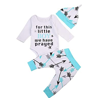 Amazon.com: Juego de ropa de bebé con flechas de letras para ...
