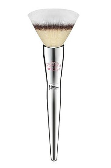 8de4a4fe043d Amazon.com  It Cosmetics Love Beauty Fully Flawless Powder Brush  202   Beauty