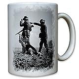 Soldiers with German Shepherd DSH German watchdog patrol post - Coffee Cup Mug