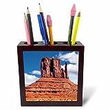 3dRose DanielaPhotography - Landscape, Nature - East Mitten Butte in Monument Valley, Navajo Tribal Park, Utah, USA - 5 inch Tile Pen Holder (ph_282009_1)