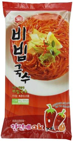 Sempio Instant Noodles, Hot & Spicy Flavor, 151-Grams (Pack of 8)
