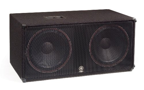 Yamaha Club V Series SW218V Dual 18-Inch. Subwoofers